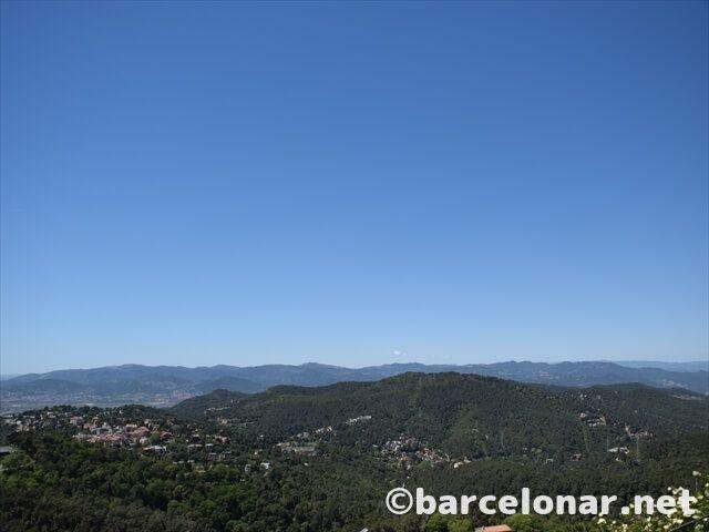 バルセロナ・ティビダボの山側の絶景