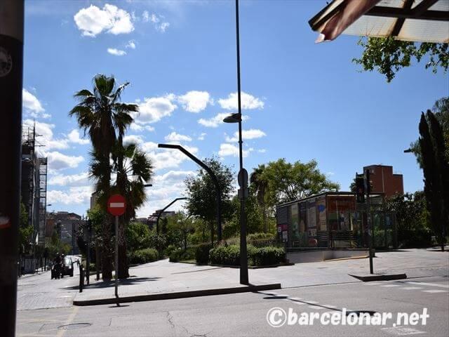 バルセロナのおすすめビーチ・バダロナのメトロ最寄り駅